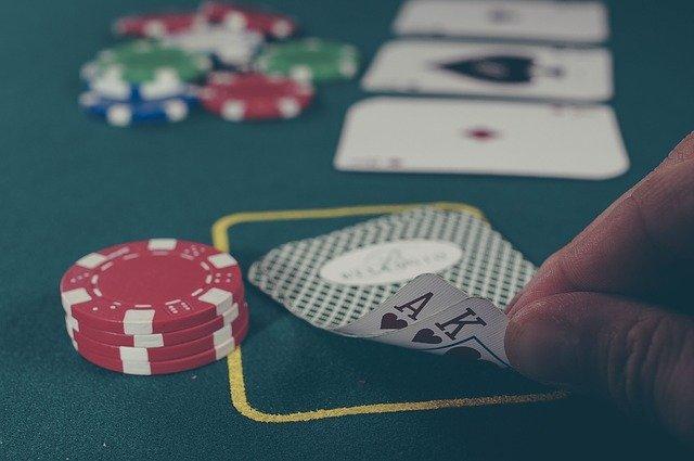 הימורים באינטרנט – מה מותר ומה נחשב עבירה פלילית?