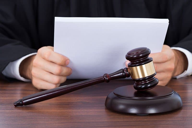 הסדר טיעון בבית המשפט - מהו, מתי כדאי?