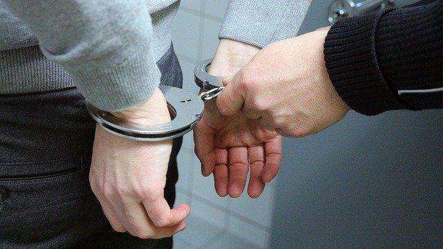 אלימות משטרתית במעצר - מה החוק קובע ומה ניתן לעשות