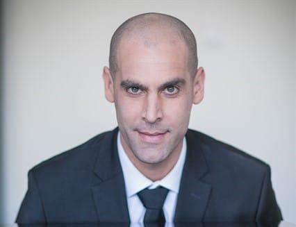עורך דין פלילי מומלץ - אלון ארז